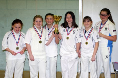 Sidcup CC – Winners of the Borough Indoor Championship 2013 - Photo Andy Clay
